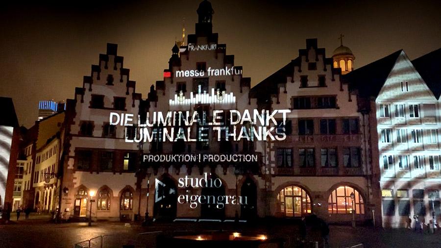 studio-eigengrau-luminale-videomapping-frankfurt-roemer-lichtkunst-small-01