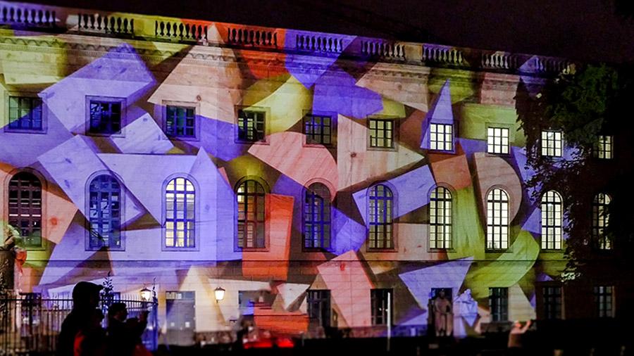 studio-eigengrau-festival-of-light-berlin-Videomapping-small-04