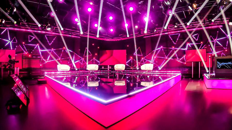 studio-eigengrau-santis-hybrid-digital-event-corporate-small-16